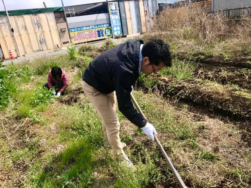 畝の整備をしているところ(2)