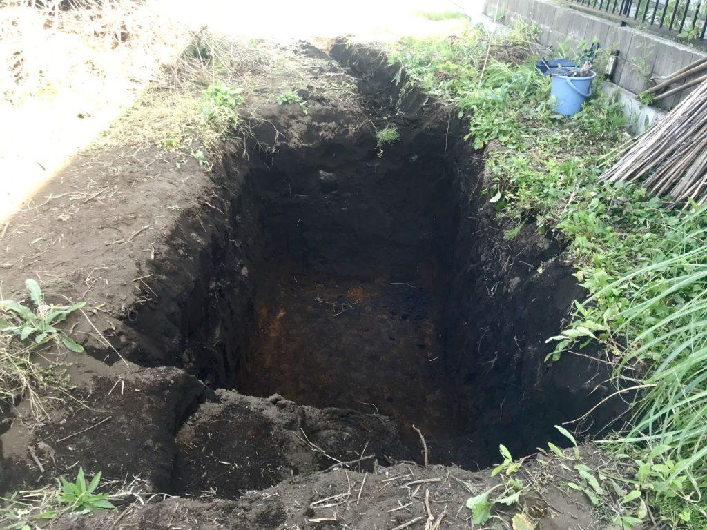 全面1.5mの深さまで掘りました