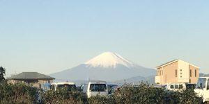 まんまる楽園のそばから見える富士山が綺麗♪