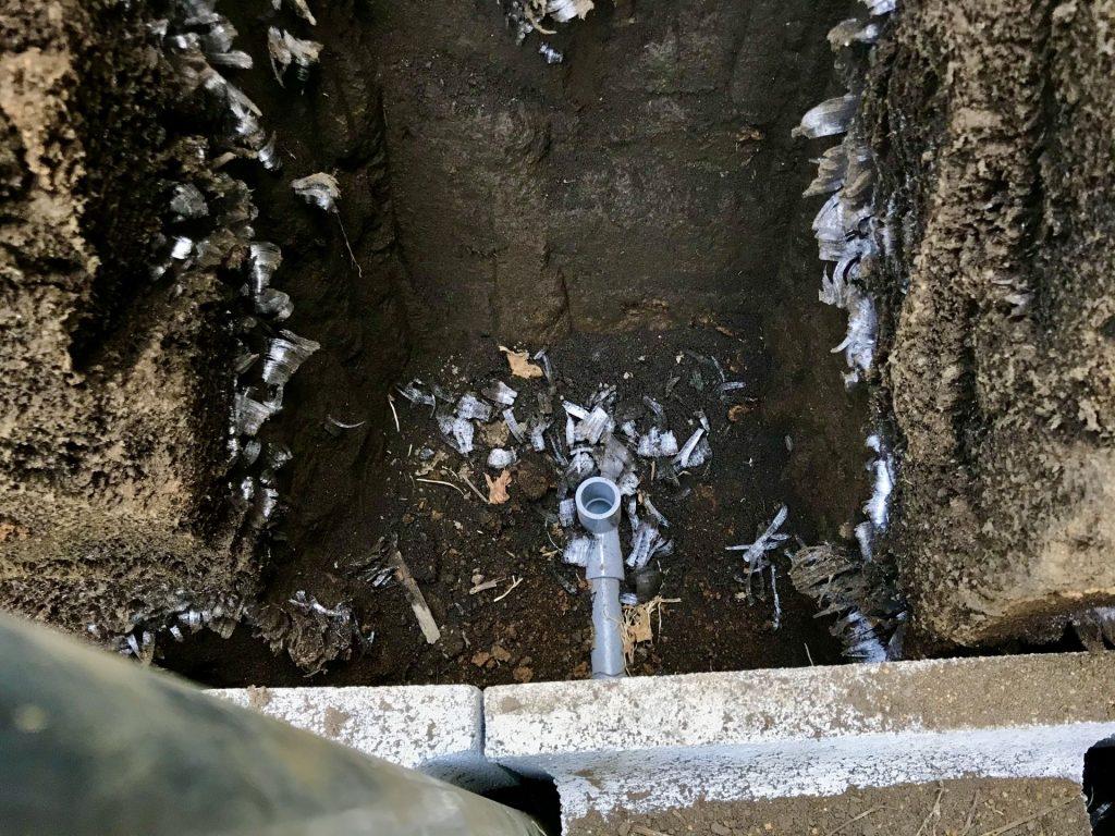 水道管につなぐ水の出口